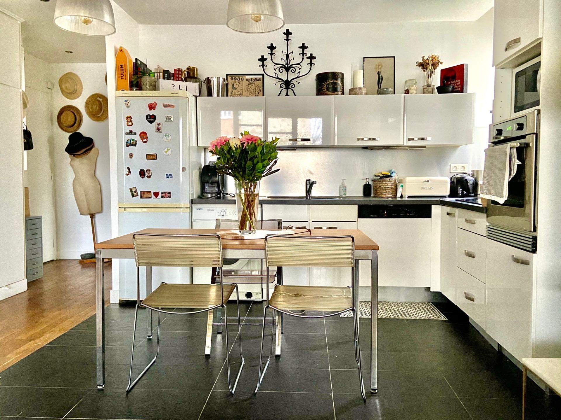 photo-cuisine-appartement-a-vendre-paris-16-la-clef-des-villes