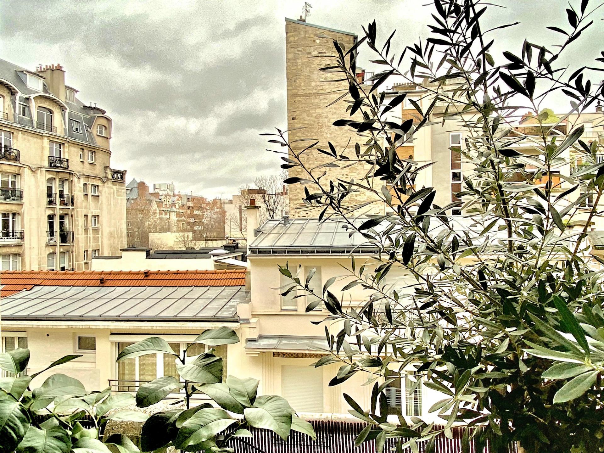 photo-balcon-appartement-a-vendre-paris-16-la-clef-des-villes