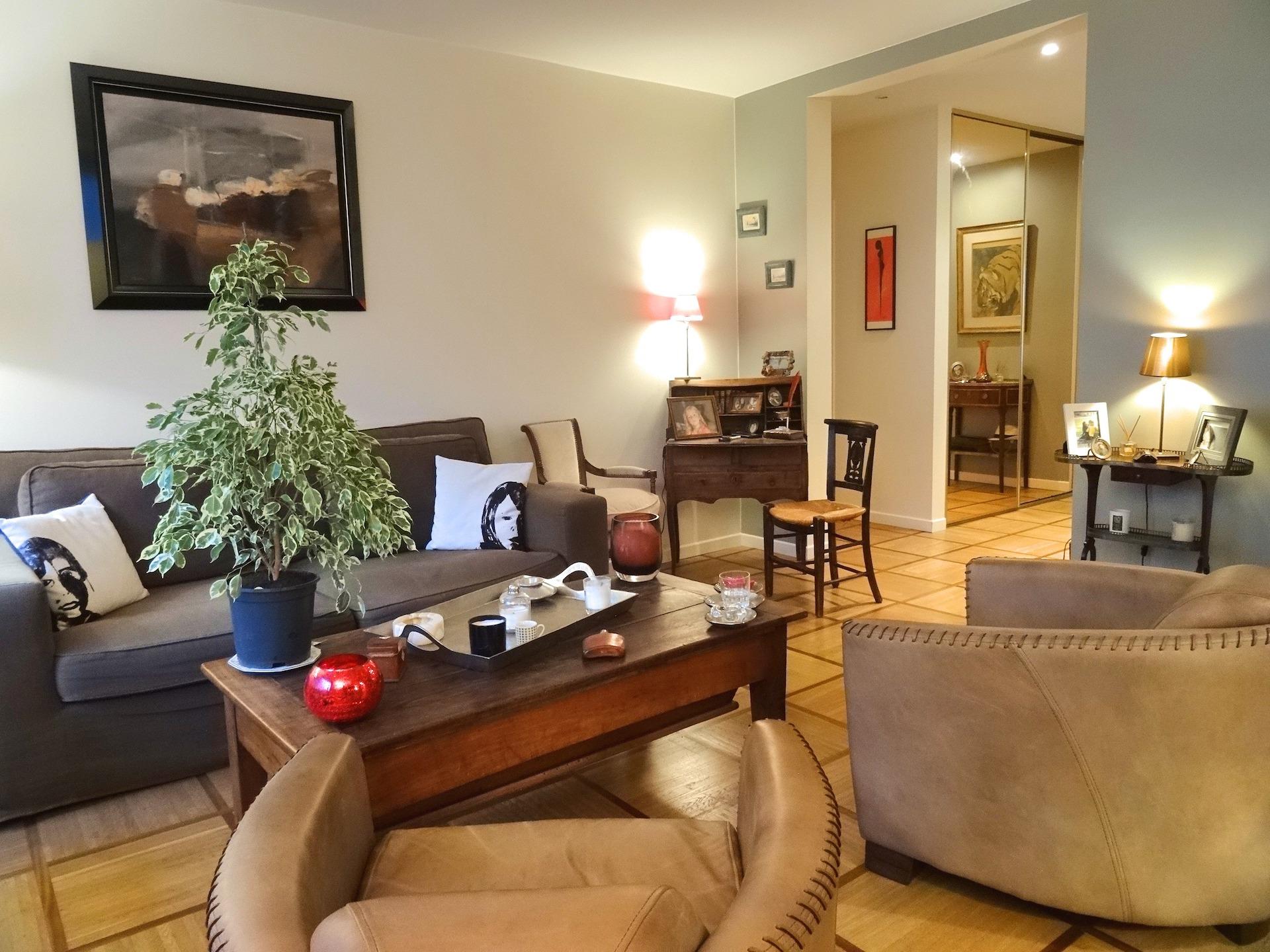 1.séjour-a-vendre-paris-16-la-clef-des-villes-agence-immobiliere-off-market