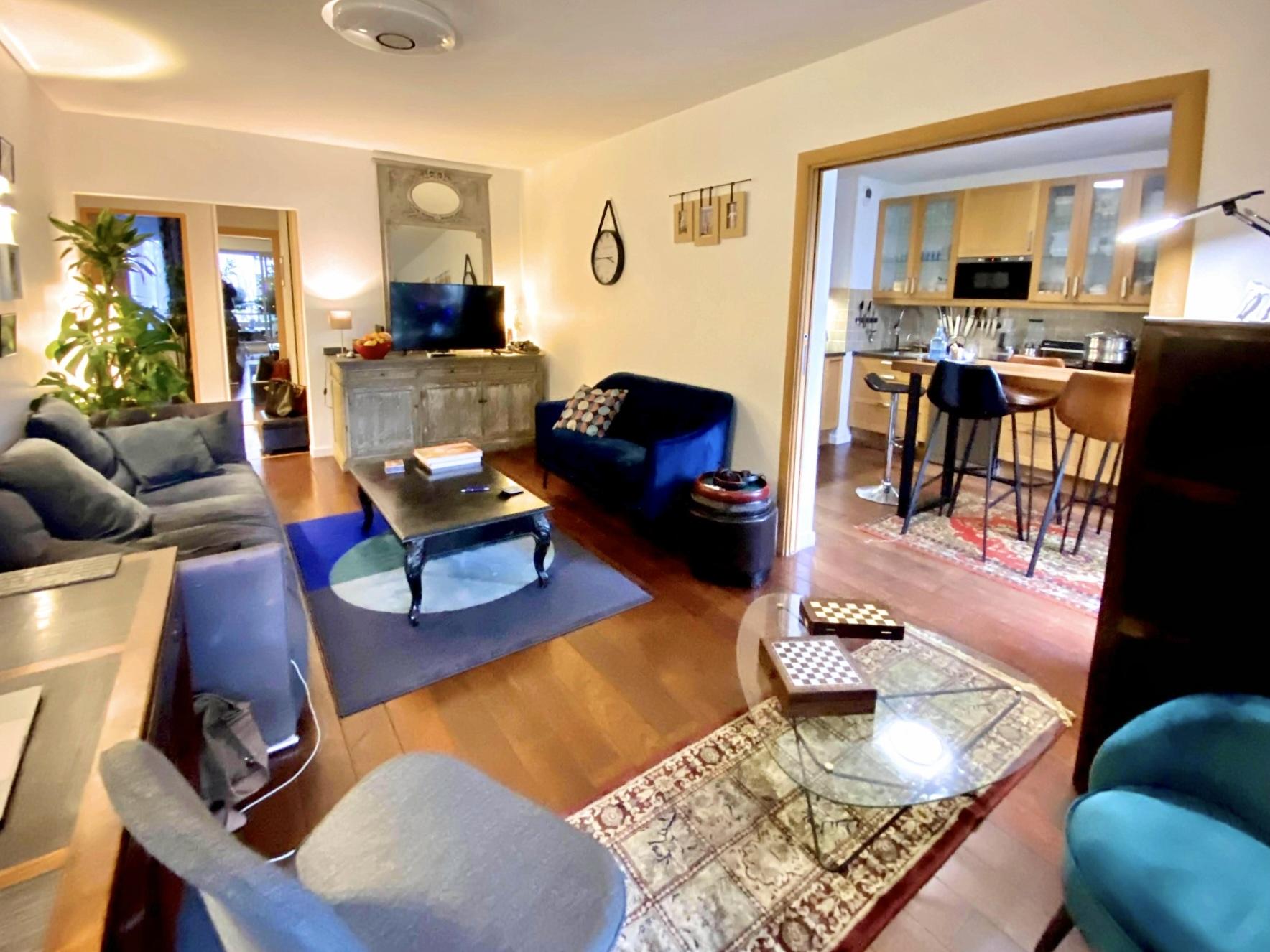photo-salon-appartement-4-pieces-a-vendre-suresnes-la-clef-des-villes
