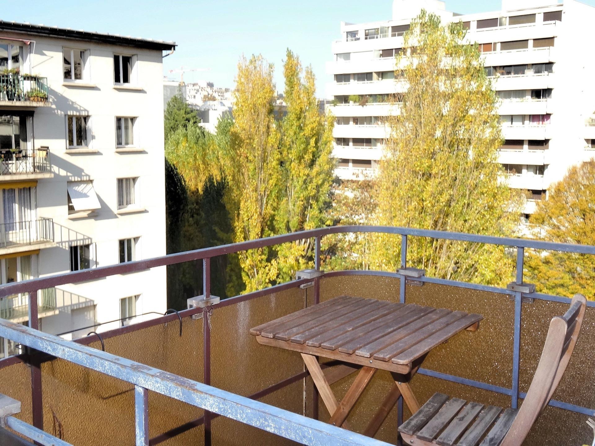 terrasse-location-meublee-boulogne- la-clef-des-villes-agence-immobiliere-boulogne