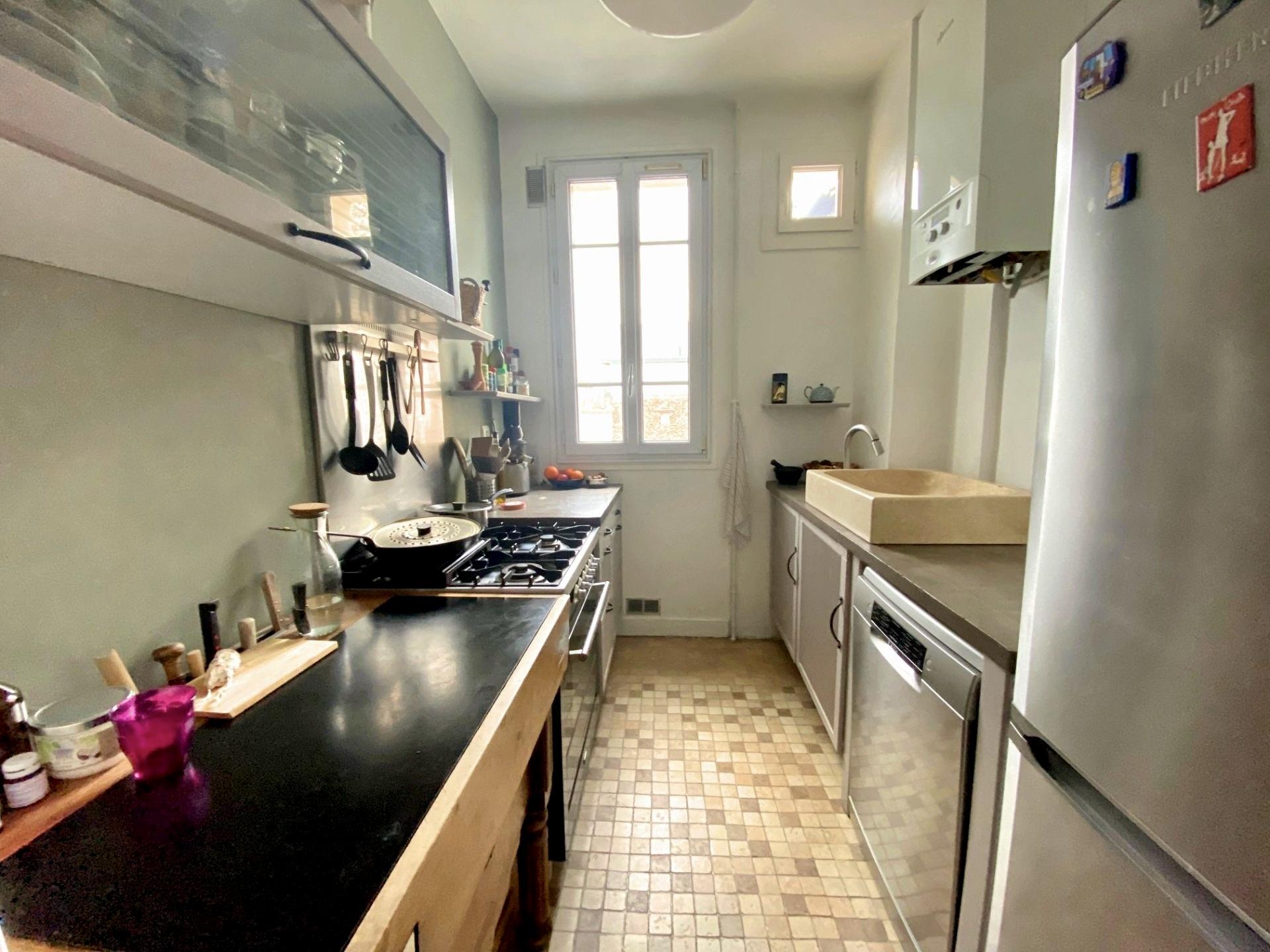 photo-cuisine-appartement-duplex-a-vendre-issy-les-moulineaux-metro-mairie-d'issy
