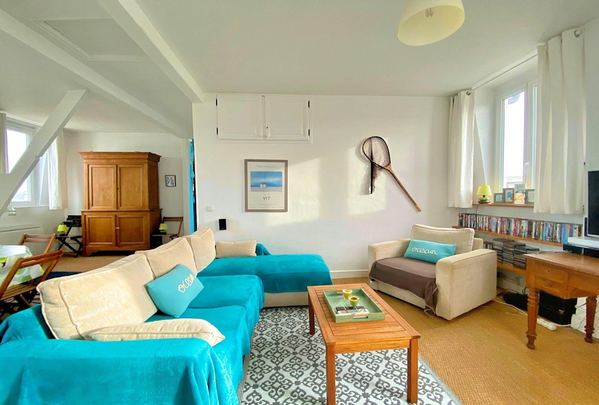 6-salon-appartement-a-vendre-la-clef-des-villes-agence-immobiliere-villers-sur-mer