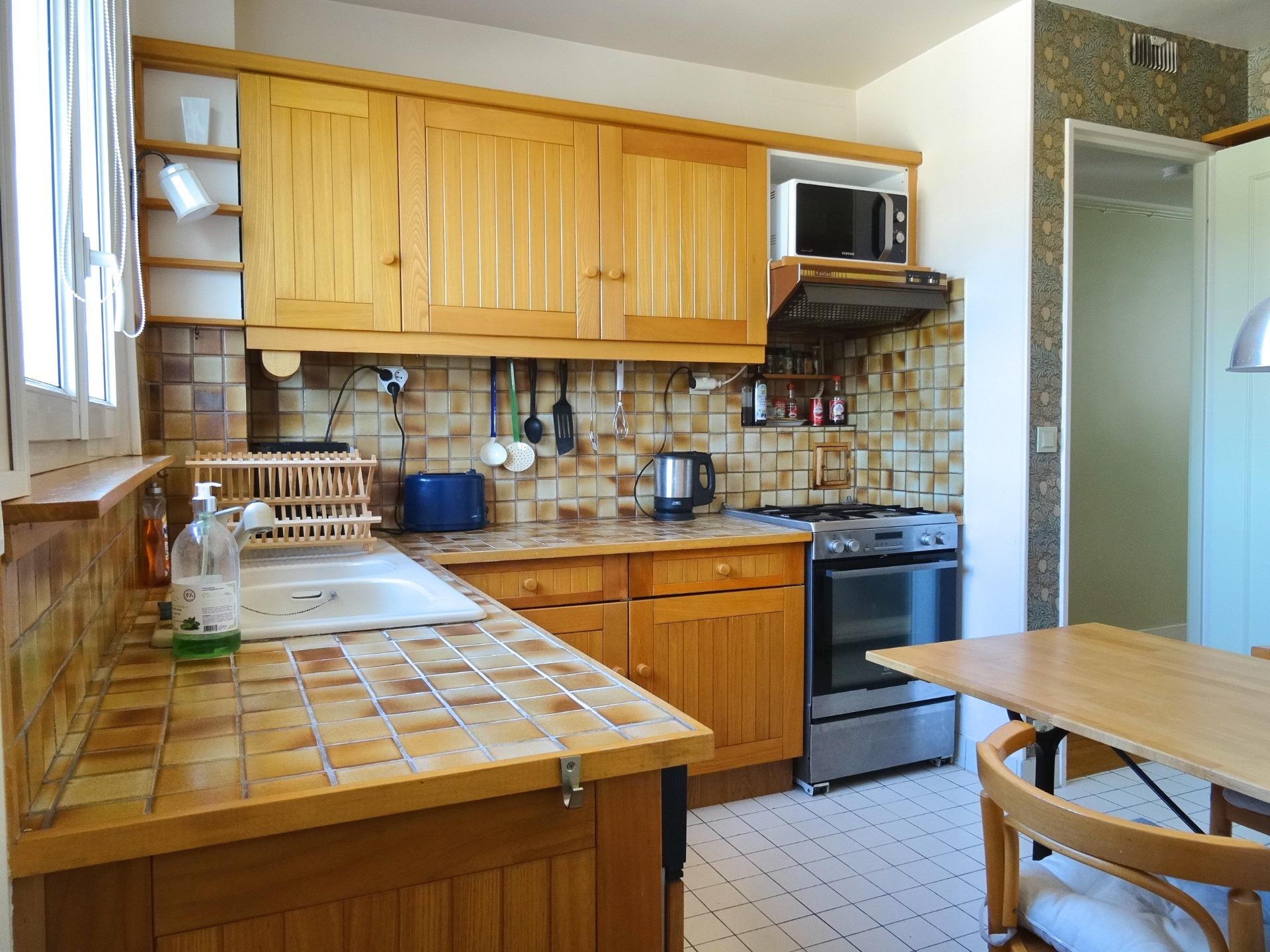 cuisine-location-meublee-boulogne- la-clef-des-villes-agence-immobiliere-boulogne