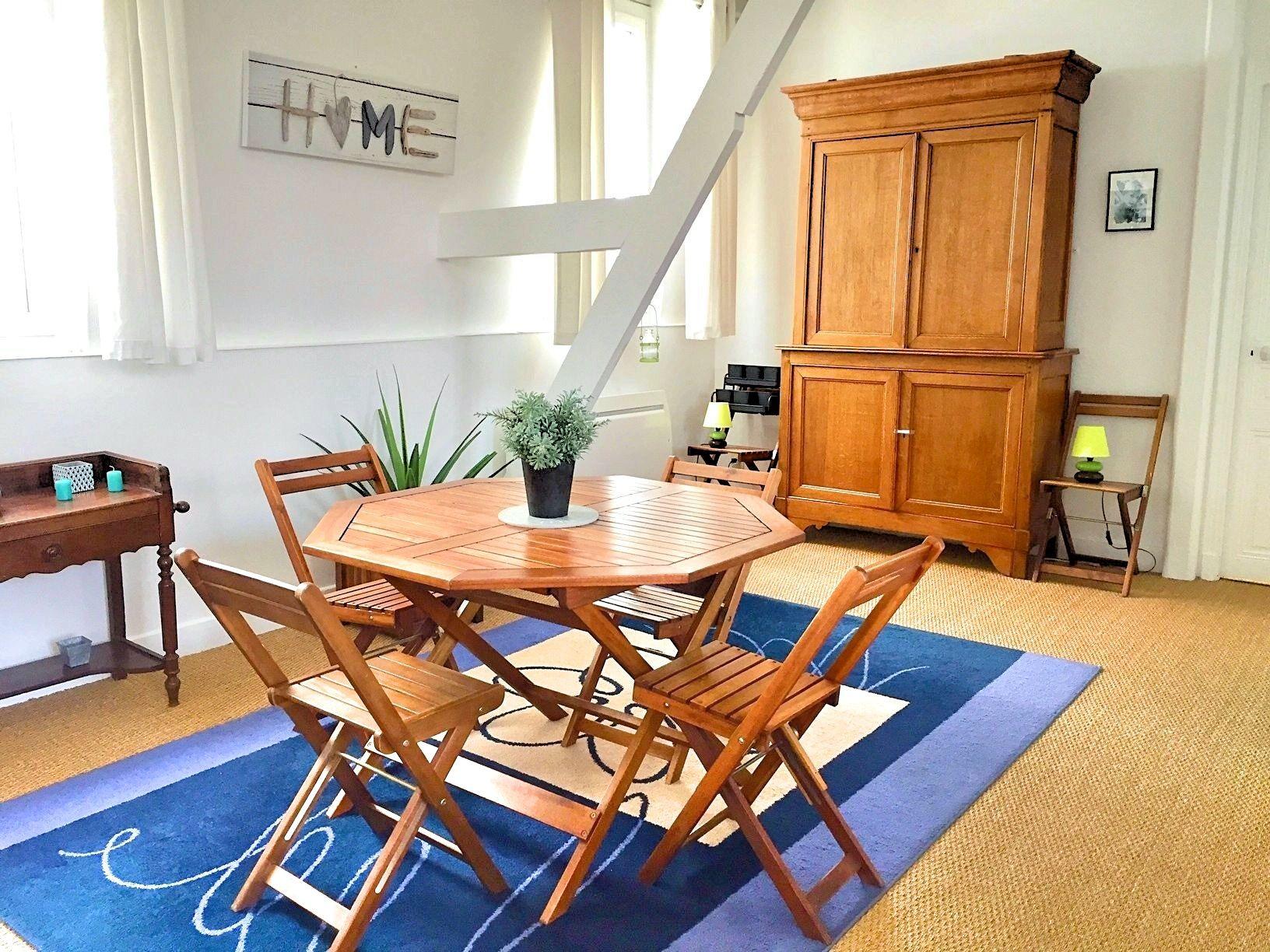 7-salle-a-manger-appartement-a-vendre-la-clef-des-villes-agence-immobiliere-villers-sur-mer