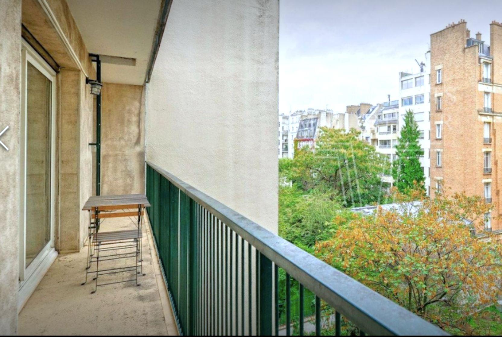 7.balcon-a-vendre-paris-16-la-clef-des-villes-agence-immobiliere-off-market