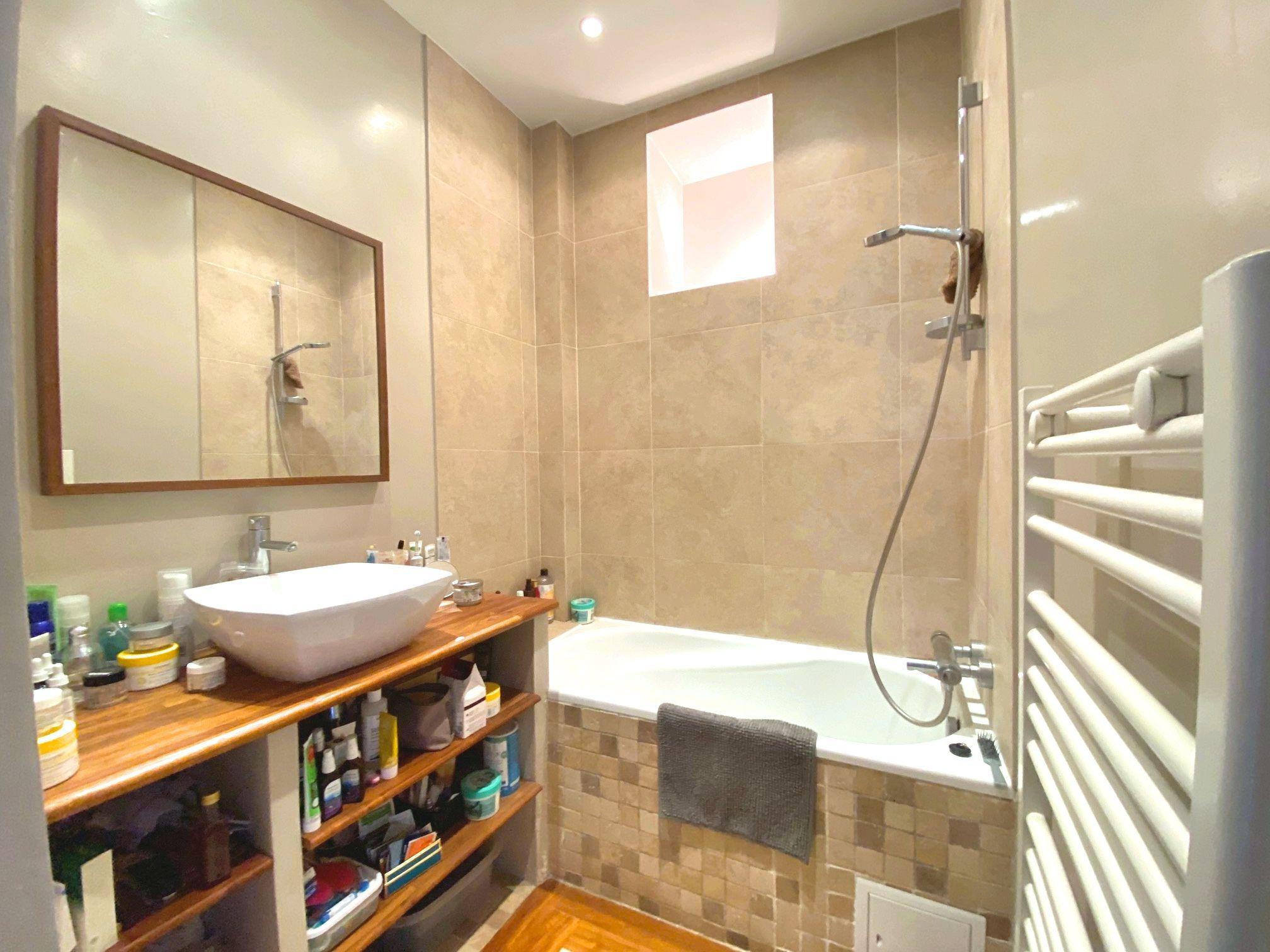 photo-salle-de-bain-appartement-duplex-a-vendre-issy-les-moulineaux-metro-mairie-d'issy