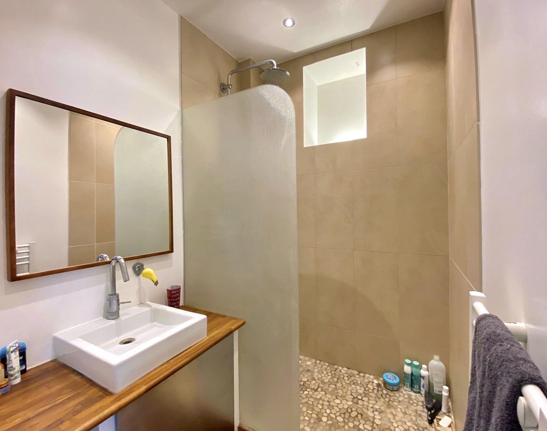 photo-salle-d'eau-appartement-duplex-a-vendre-issy-les-moulineaux-metro-mairie-d'issy