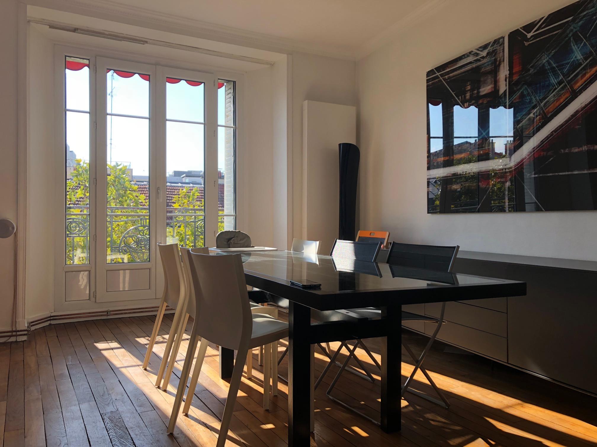 la-clef-des-villes-agence-immobiliere-boulogne-billancourt-photo-diner-familiale