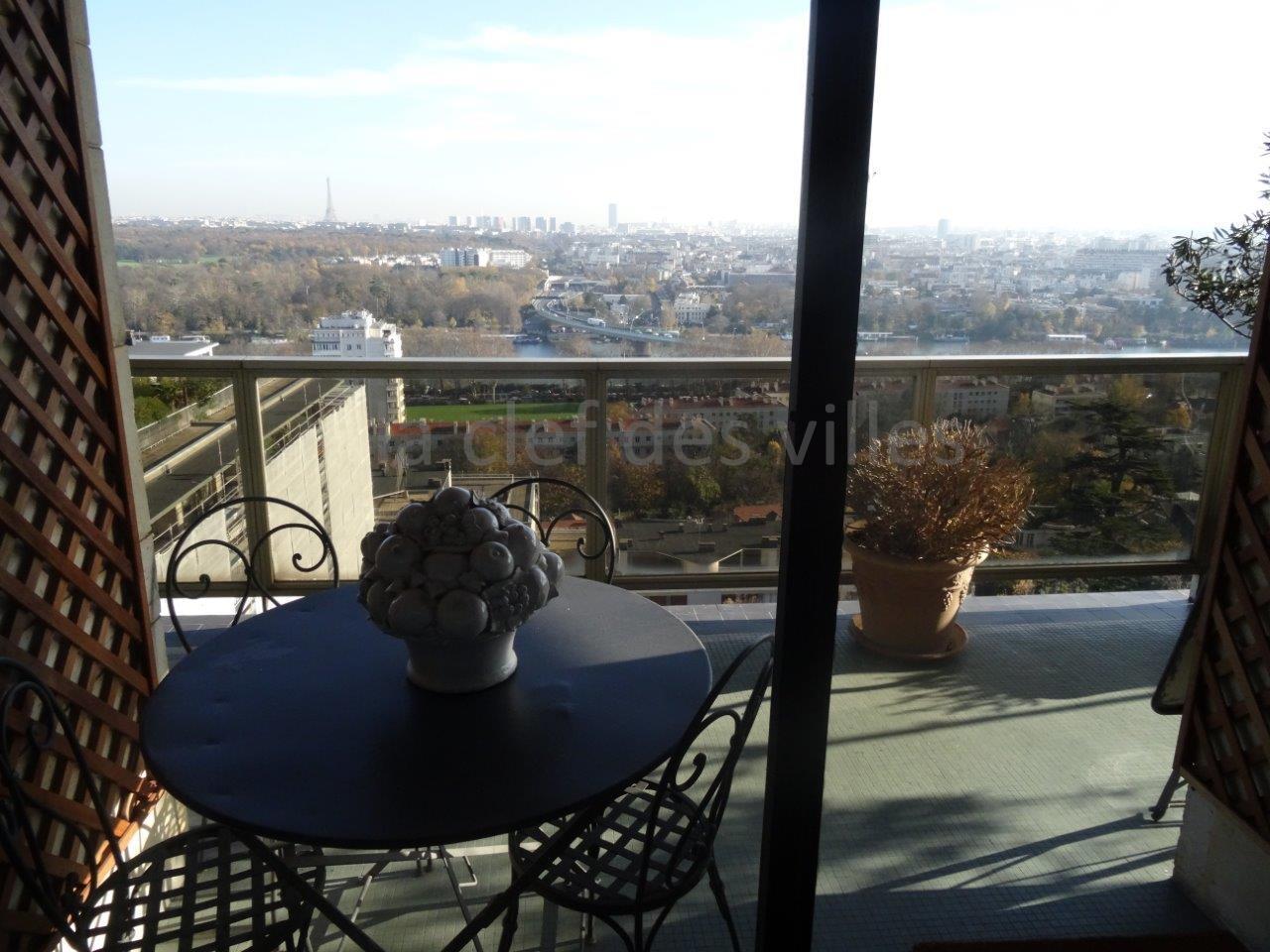 la-clef-des-villes-agence-immobiliere-boulogne-billancourt-chasseur-immobilier-hauts-de-seine-92-arnaud-mascarel-vente-appartement-saint-cloud-photo-bois-de-boulogne
