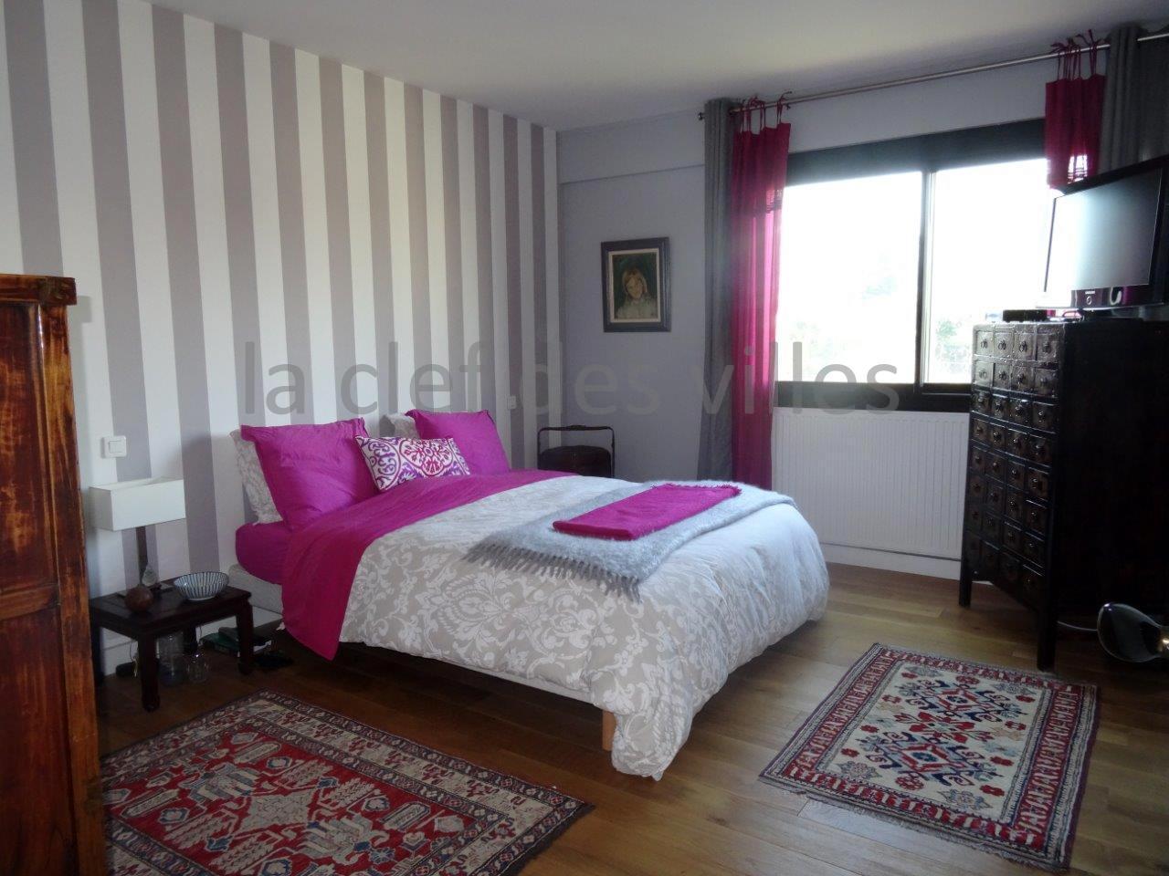 la-clef-des-villes-agence-immobiliere-boulogne-billancourt-chasseur-immobilier-hauts-de-seine-92-arnaud-mascarel-vente-appartement-saint-cloud-photo-chambre