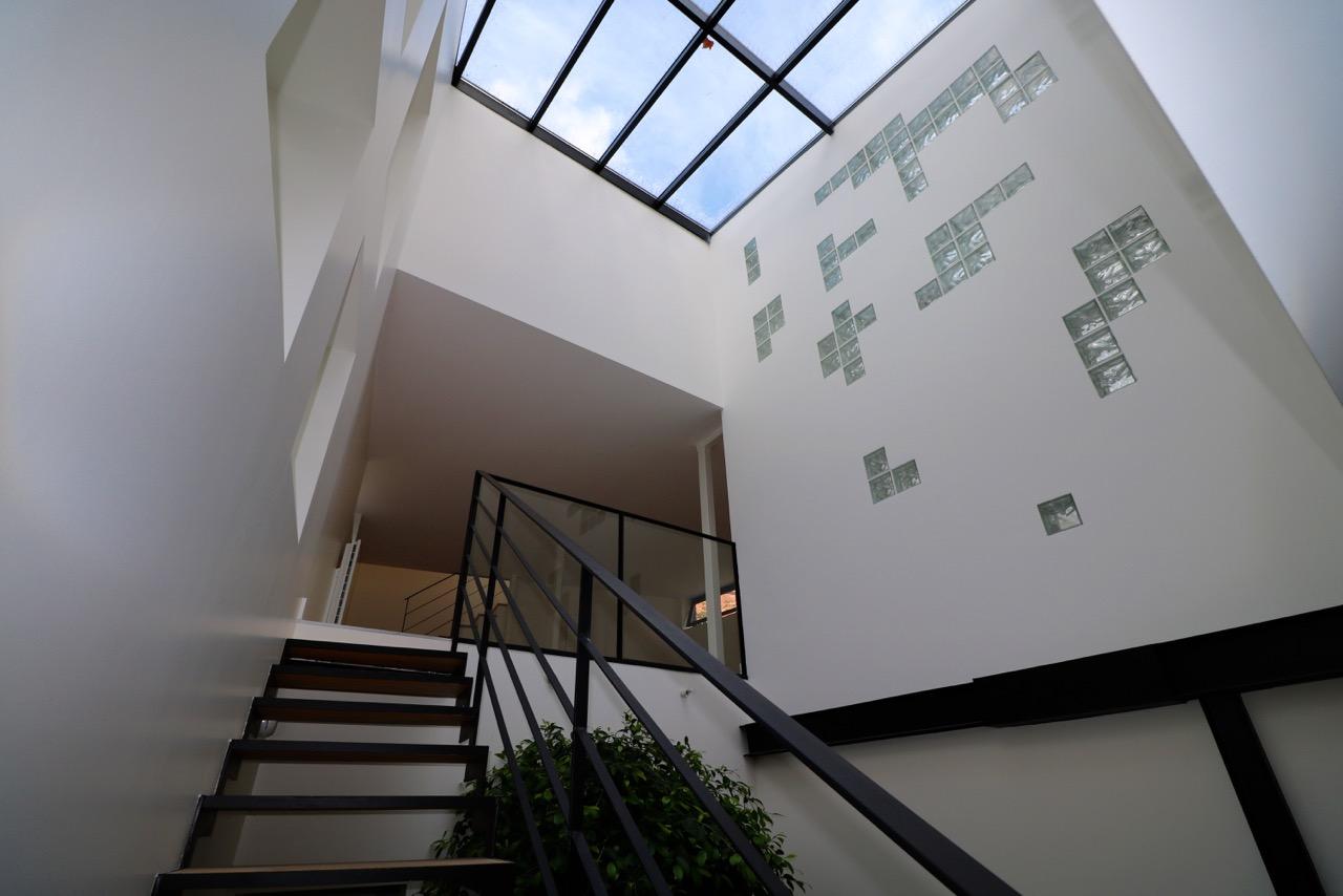 la-clef-des-villes-chasseur-immobilier-boulogne-billancourt-appartement-neuf-loft- atypique-photo-verriere