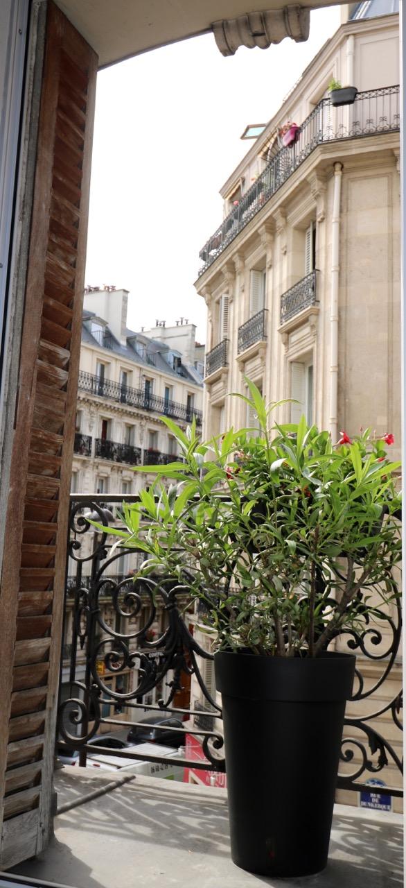 la-clef-des-villes-agence-immobiliere-appartement-a-vendre-paris-16-photo-balcon