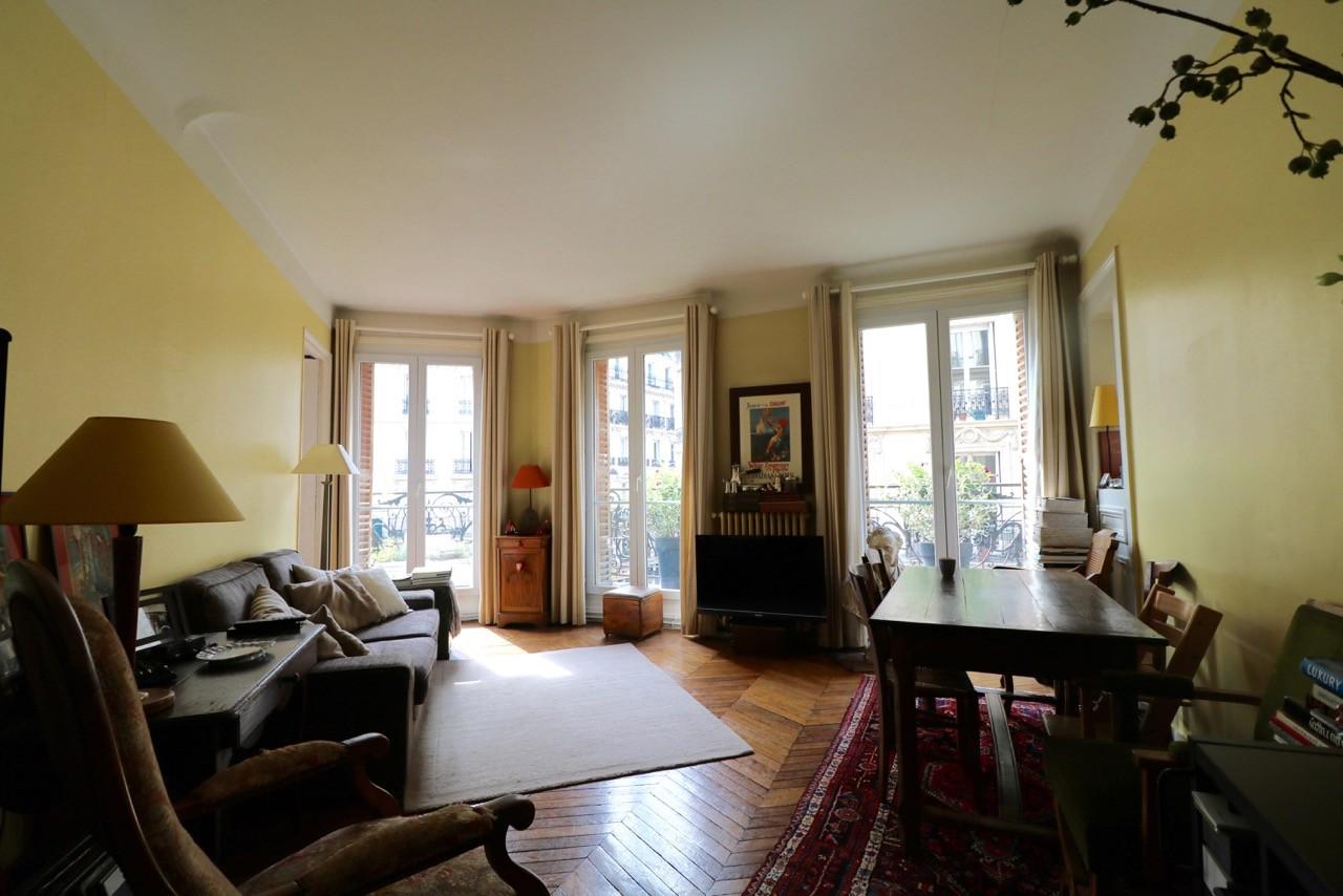 la-clef-des-villes-agence-immobiliere-appartement-a-vendre-paris-16-photo-salon